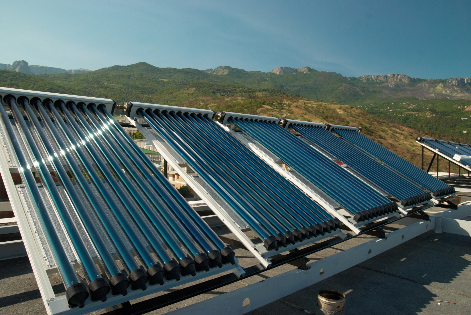 Трубчатые вакуумные солнечные коллекторы