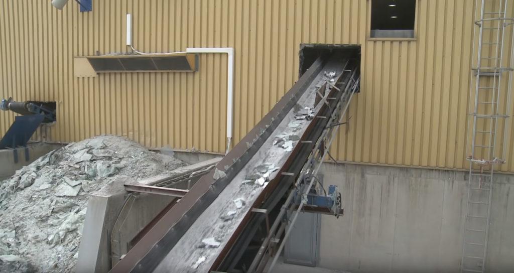 Процесс утилизации панелей